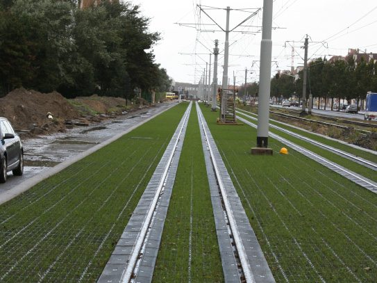 Commercial transportation application with grass fill